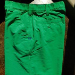 Under Armour 32 Bent Grass UA fitness golf shorts